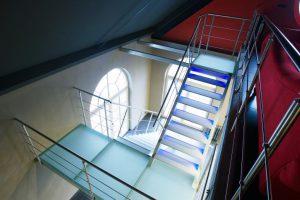 Metalltreppe Wangentreppe escalier en métal AVC Schweiz Treppe Treppenbau