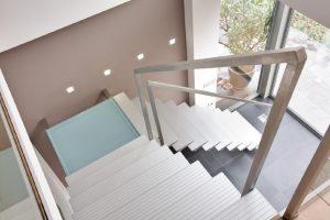 Metalltreppe escalier en métal AVC Schweiz Treppe Treppenbau