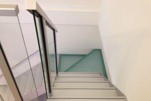 Metalltreppe Escalier Treppe Treppenbau Modern von AVC Schweiz