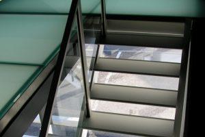 Metalltreppe Treppe Treppenbau Modern von AVC Schweiz