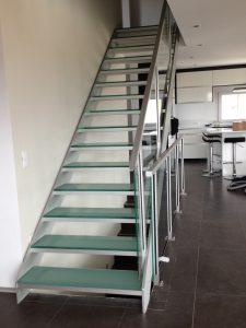 Glastreppe Escalier Treppe Treppenbau Modern von AVC Schweiz