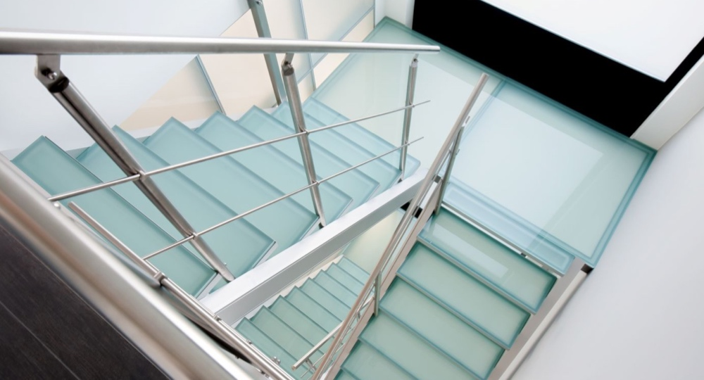 staircase-insensation-glass